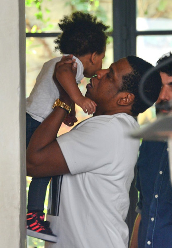 Jayz-and-Blue-Ivy-04252013-1