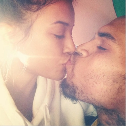 Karrueche-and-Chris-Brown-kiss