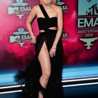 Iggy Azalea suffers MAJOR wardrobe mishap at MTV EMAs, VAGINA exposed [Photos]