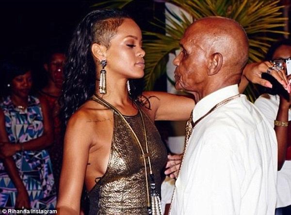 Rihanna-grandfather-birthday-bash-2