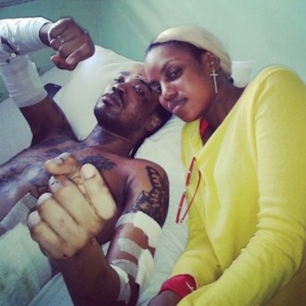 Tommy-Lee-in-the-hospital