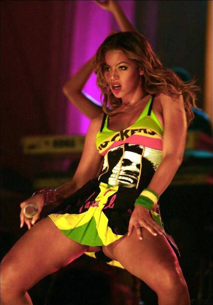 beyonce-knowles-nude-upskirt-14