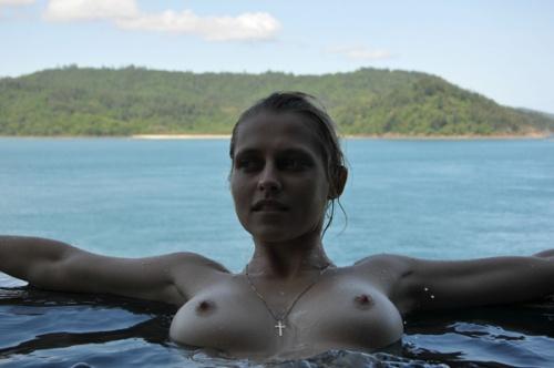 teresa-palmer-nude-5
